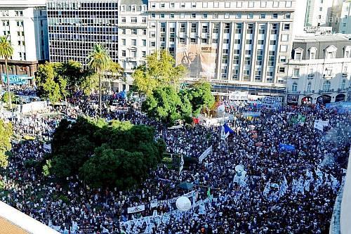 Plaza-de-mayo-marzo-2013